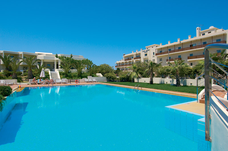 Bellboy, waiter, dishwasher at 4**** Hotel Chania Crete Island Greece (students)